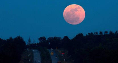 Last blood moon eclipse of the decade to appear Sunday
