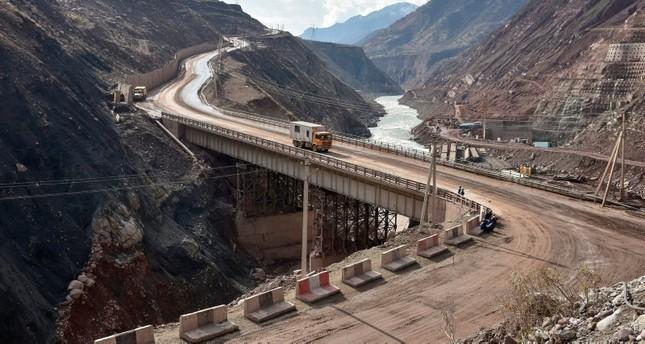Tadschikistan: Höchster Staudamm der Welt in Betrieb