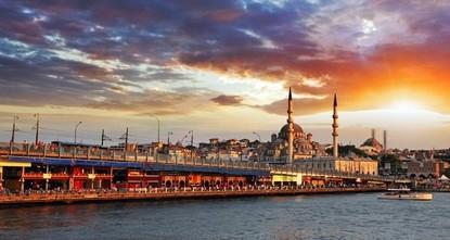 pLaut Angaben des Kultur- und Tourismusministeriums sind seit Beginn des Jahres an die acht Millionen Touristen in die Millionen-Stadt Istanbul gereist. Die meisten kamen der Statistik zufolge aus...