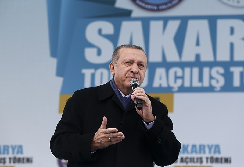 Erdou011fan addresses the crowd rallying during an inauguration ceremony in Sakarya, northwestern Turkey on March 16, 2017. (AA Photo)
