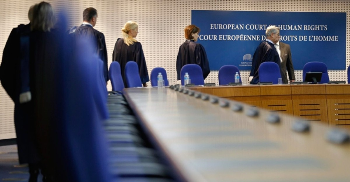 Judges of the European Court of Human Rights enter the hearing room of the court in Strasbourg, Dec. 3, 2013. (FILE Photo)