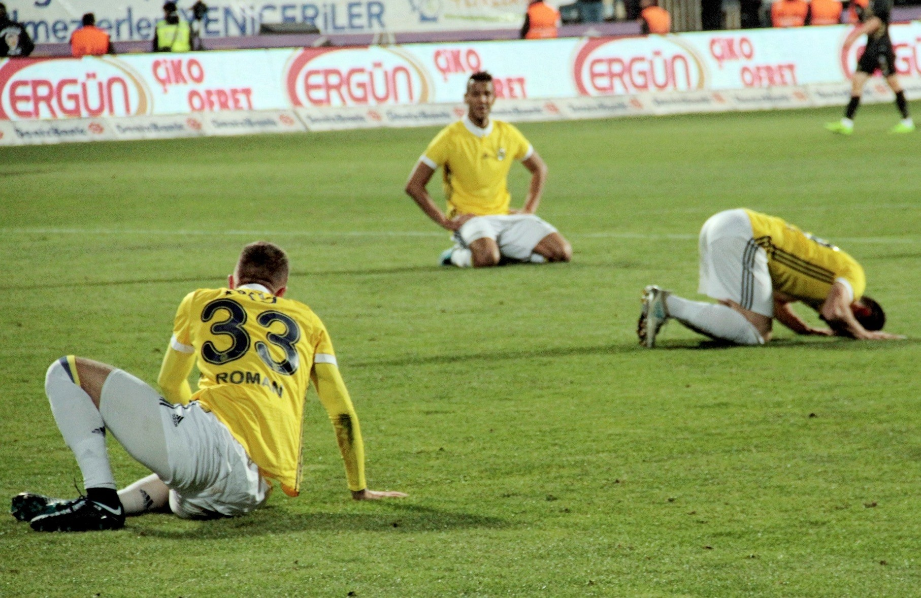 Drawing 1-1 against Osmanlu0131spor in an away match on Saturday, the Yellow Canaries have managed to collect only 17 points.