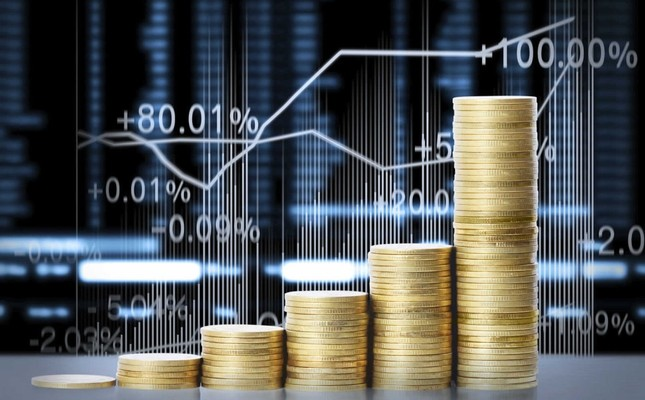 Turkish development bank's asset finance fund issued the largest volume of asset-backed securities Friday and the demand of 118 investors on these securities was 2.43 times higher than the originally planned amount of TL 3.15 billion ($597 million).