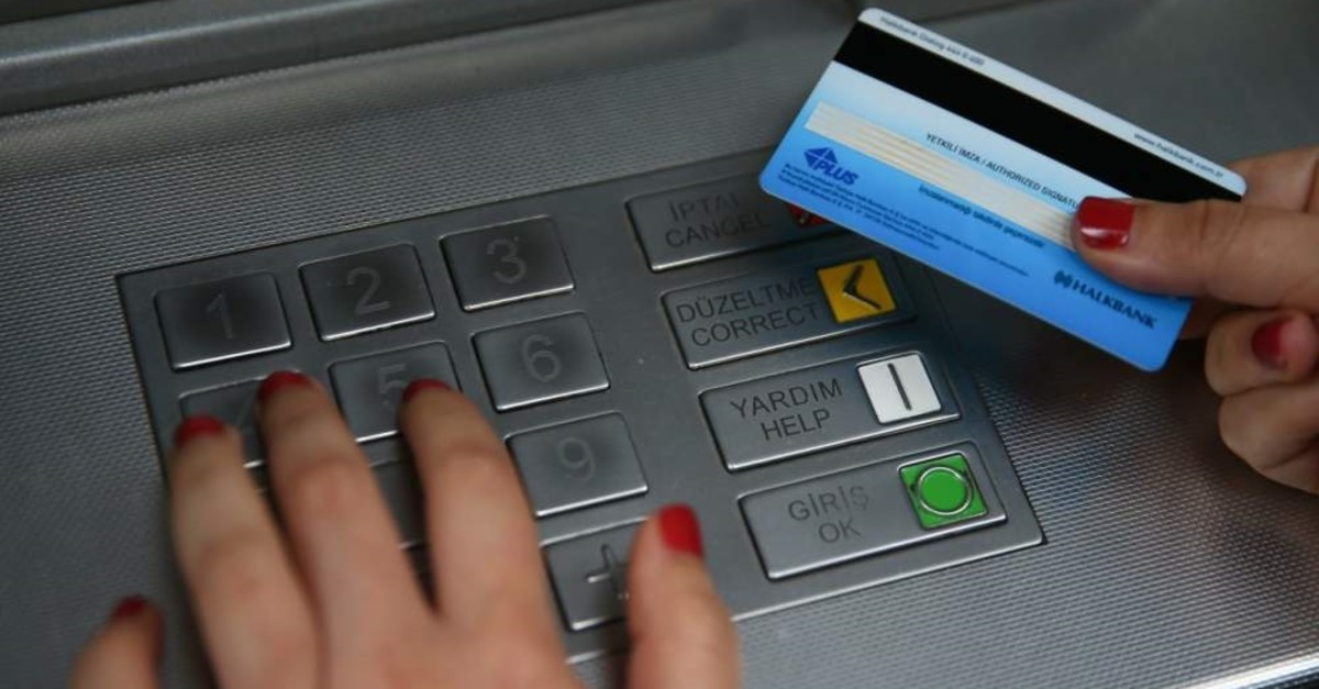 Turkey lowers fees banks can charge commercial, financial clients thumbnail