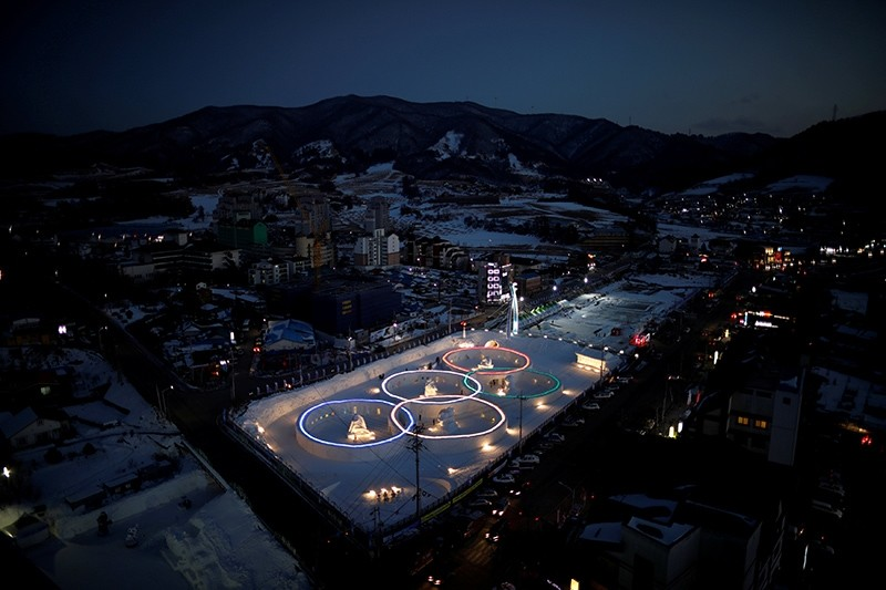 An ice sculpture of the Olympic rings is illuminated during the Pyeongchang Winter Festival, near the venue for the opening and closing ceremony of the PyeongChang 2018 Winter Olympic Games in Pyeongchang, South Korea, Feb. 10, 2017. (Reuters Photo)