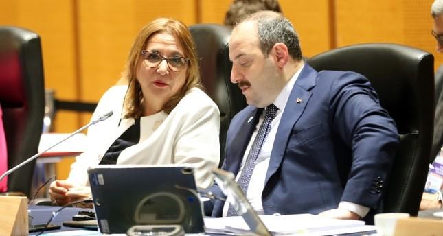 وزيرة التجارة التركية تحذر من تطبيق نظام تجاري وقائي