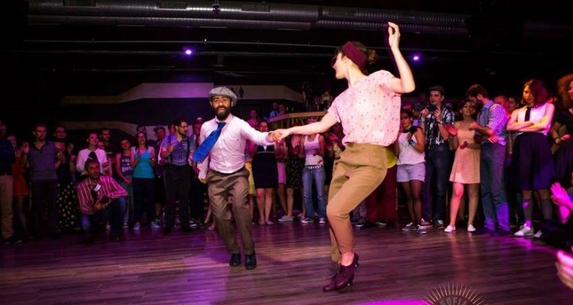 Swing and Lindy Hop, the dance styles and music of what is considered to be the golden era of jazz, has seen a revival in popularity in Istanbul and worldwide.