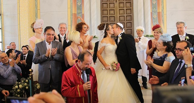 Jewish wedding in restored Edirne synagogue a sign of changing times