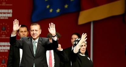 pInmitten der deutsch-türkischen Polemik hata href=http://sabahdai.ly/4AxKDP Präsident Recep Tayyip Erdoğan im August eine Erneuerung in der AK-Partei angekündigt/a, die von der deutschen...