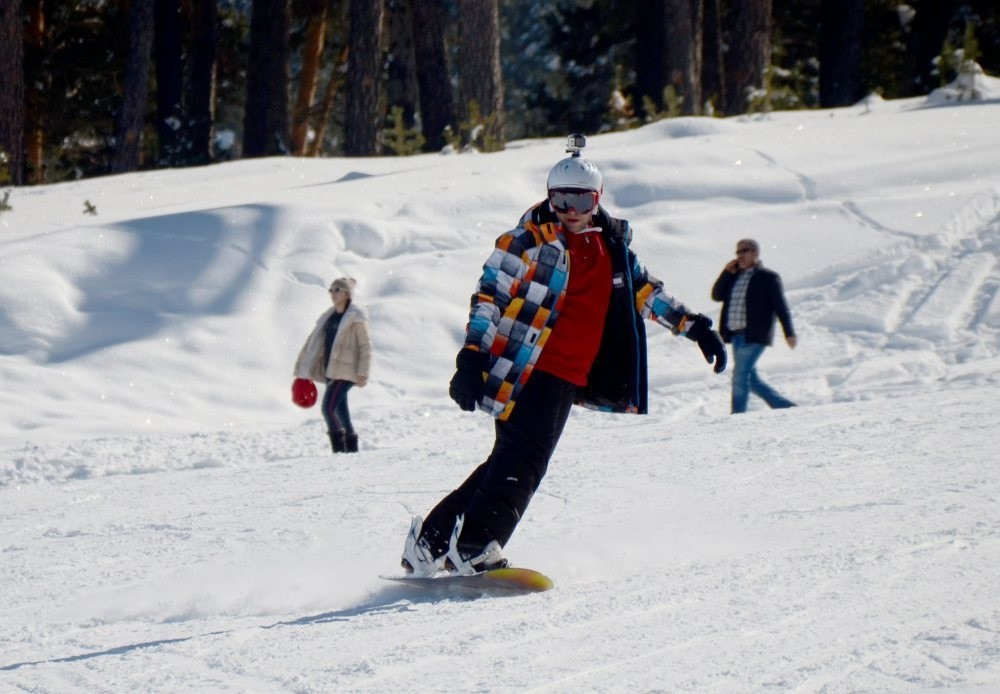 Turkish ski resorts, mountain retreats welcome tourists ...