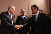 Erdoğan says a leader told him Mitsotakis wants thaw in relations, but inviting Haftar won't help