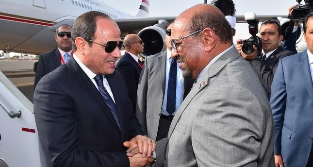 السيسي يلتقي البشير في الخرطوم ويتفقان على التنسيق المستمر حول البحر الأحمر