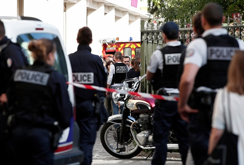 Police secure the scene where French soliders were hit and injured by a vehicle in the western Paris suburb of Levallois-Perret, France, August 9, 2017. (Reuters Photo)