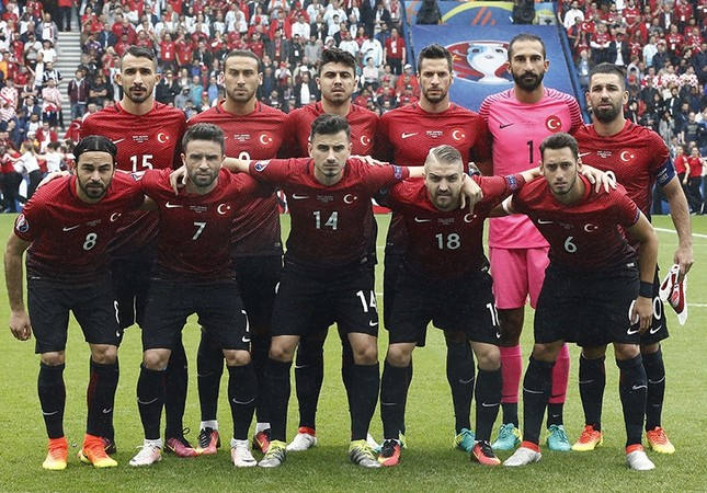 9d24a306291 Turkey players pose for a photo before the start of the UEFA EURO 2016  group D