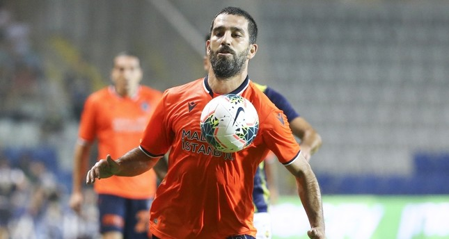 Başakşehir midfielder Arda Turan vies for the ball during Süper Lig match against Fenerbahçe at the Başakşehir Fatih Terim Stadium, on Aug. 24, 2019. (AA Photo)
