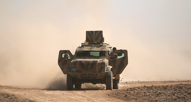 قوات أمريكية تنفذ إنزالاً جوياً دعماً لقوات سوريا الديمقراطية قرب الرقة