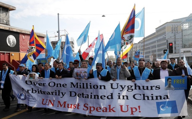 People demonstrate against China during its Universal Periodic Review by the Human Rights Council in front of the United Nations Office in Geneva, Switzerland, November 6, 2018. (Reuters Photo)