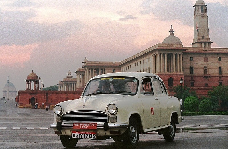 An Ambassador in front of the federal secretariat in New Delhi, June 22, 1997. (AFP Archive Photo)
