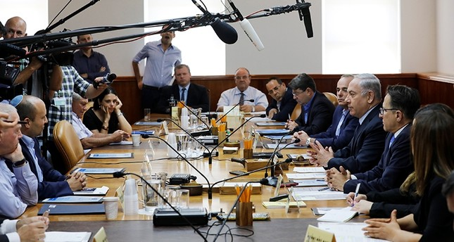 اجتماع الحكومة الإسرائيلية الأحد (رويترز)