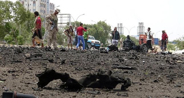 45 قتيلاً و60 جريحاً في تفجير انتحاري استهدف مجندين يمنيين بعدن