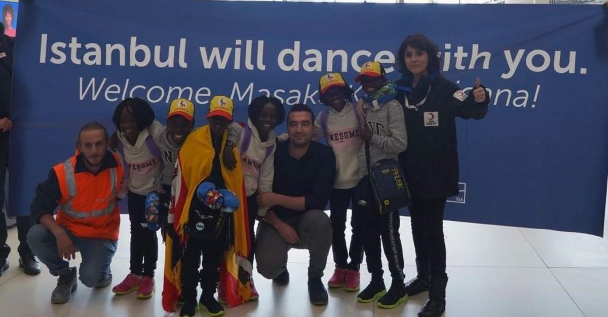 Masaka Kids Africana members pose at the airport, Istanbul, Dec. 15, 2019. (DHA Photo)