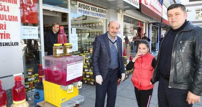 إقبال شعبي في تركيا على مياه المخللات للوقاية من كورونا