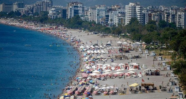 Antalya welcomed some 13.6 million tourists throughout the whole of 2018. (AA Photo)