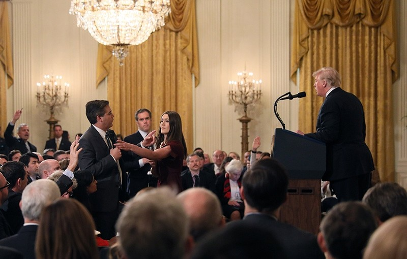 CNN's Jim Acosta questions U.S. President Donald Trump during his news conference following Tuesday's midterm U.S. congressional elections at the White House in Washington, U.S., Nov. 7, 2018. (Reuters Photo)