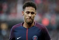 Neymar greets Bolu, says hi to Turkish barber