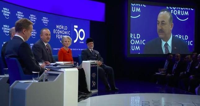 تشاوش أوغلو: دعم بعض حلفائنا الأوروبيين لحفتر يعرقل حل الأزمة الليبية