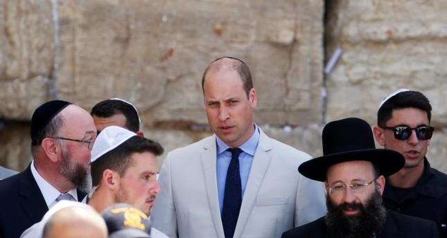 الأمير ويليام يتجول في القدس الشرقية