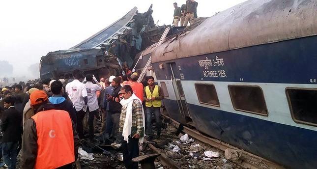 حصيلة أولية.. 91 قتيلاً في حادث قطار دامٍ في الهند