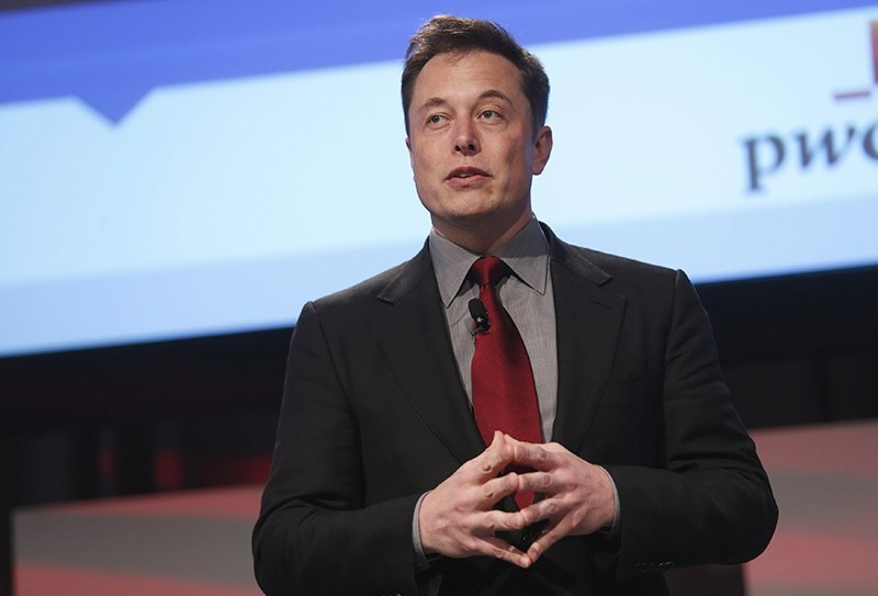 Tesla Motors CEO Elon Musk talks at the automotive world news congress at the renaissance center in Detroit, Michigan, January 13, 2015. (Reuters Photo)