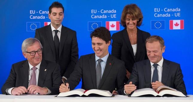 Canada Eu Sign Long Delayed Free Trade Deal Daily Sabah