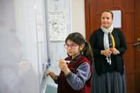 تلميذة تركية تريد أن تصبح عالمة في الرياضيات مستقبلا الأناضول