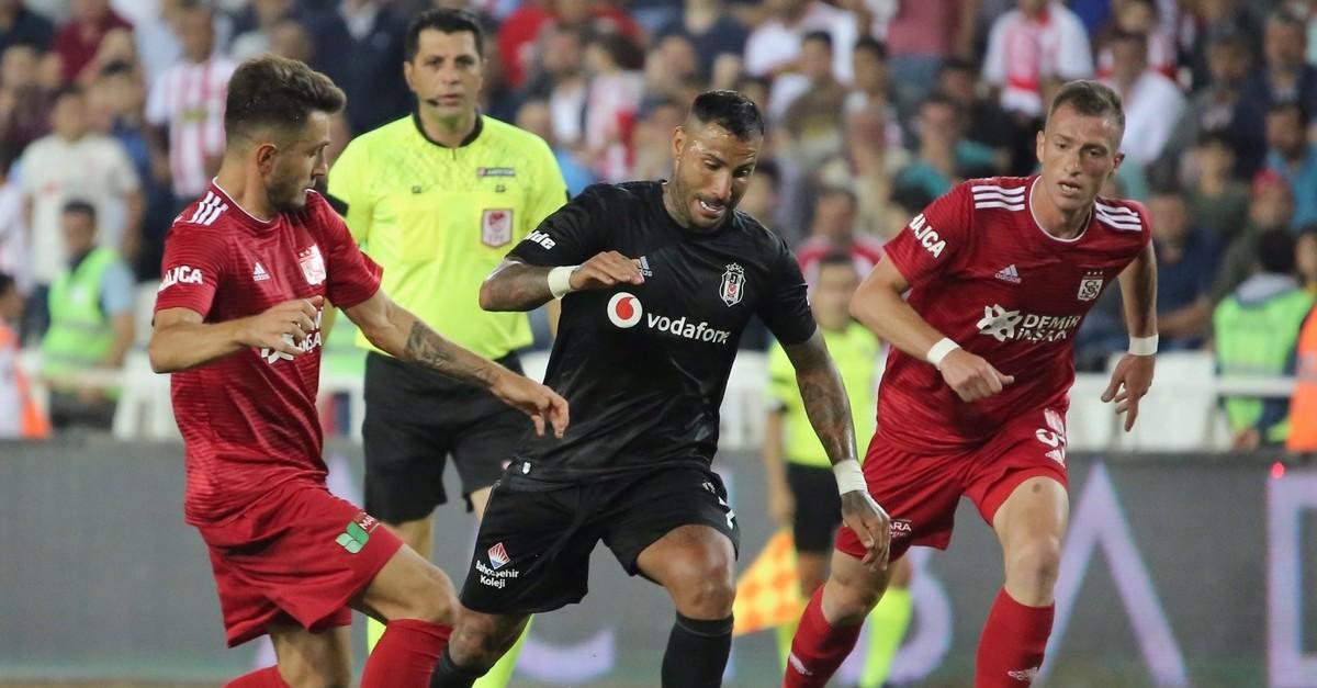 Ricardo Quaresma of Beu015fiktau015f in action against two Sivasspor players, Aug. 17, 2019.