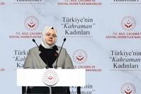 وزيرة الأسرة والعمل والخدمات الاجتماعية، زهرة زمرة سلجوق الأناضول