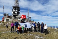 Bosnian mountaineers show support for Syria op
