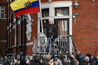 Assange hails victory after Sweden drops rape probe, vows not to 'forgive or forget'