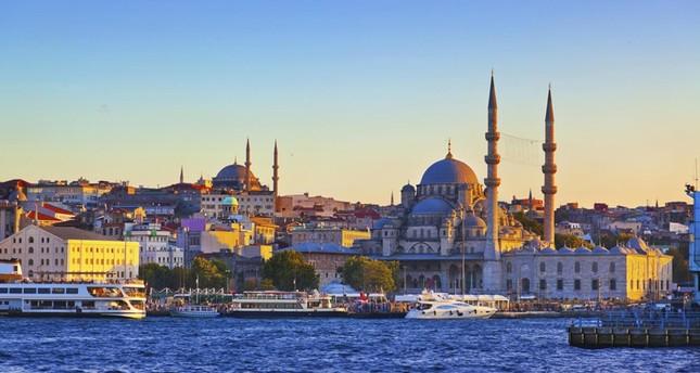 تركيا تعتزم تطوير العلاقات السياحية مع العالم العربي