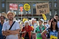 Tausende in der Schweiz demonstrieren gegen 5G
