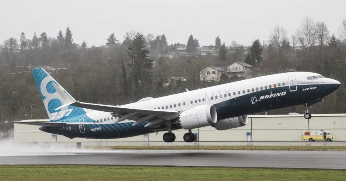 A Boeing 737 MAX 8 airliner lifts off for its first flight on January 29, 2016 in Renton, Washington. (AFP Photo)