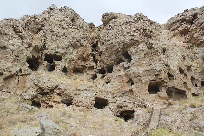 The 4,500 year old rock caves in Sivas, central Turkey (IHA Photo)