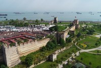 Istanbul's city walls stand test of time on anniversary of conquest