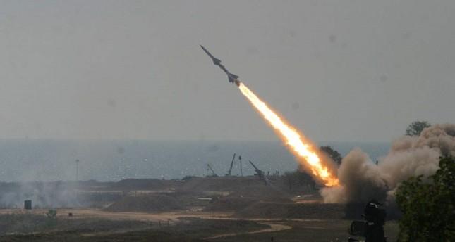 الدفاع الجوي السعودي يعترض صاروخا حوثيا بمنطقة نجران