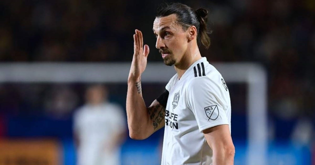 Ibrahimovi reacts against Atlanta United during the MLS match in Carson, April 21, 2018 (AFP Photo)