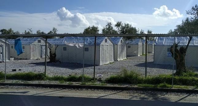حريق يدمر مخيماً للاجئين في جزيرة ليسبوس اليونانية