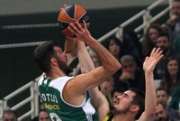 Fenerbahçe and their head coach Zeljko Obradovic welcome his former team Panathinaikos Superfoods today. Both clubs stand at 10-7 and a share of fifth place in the standings. Panathinaikos beat...