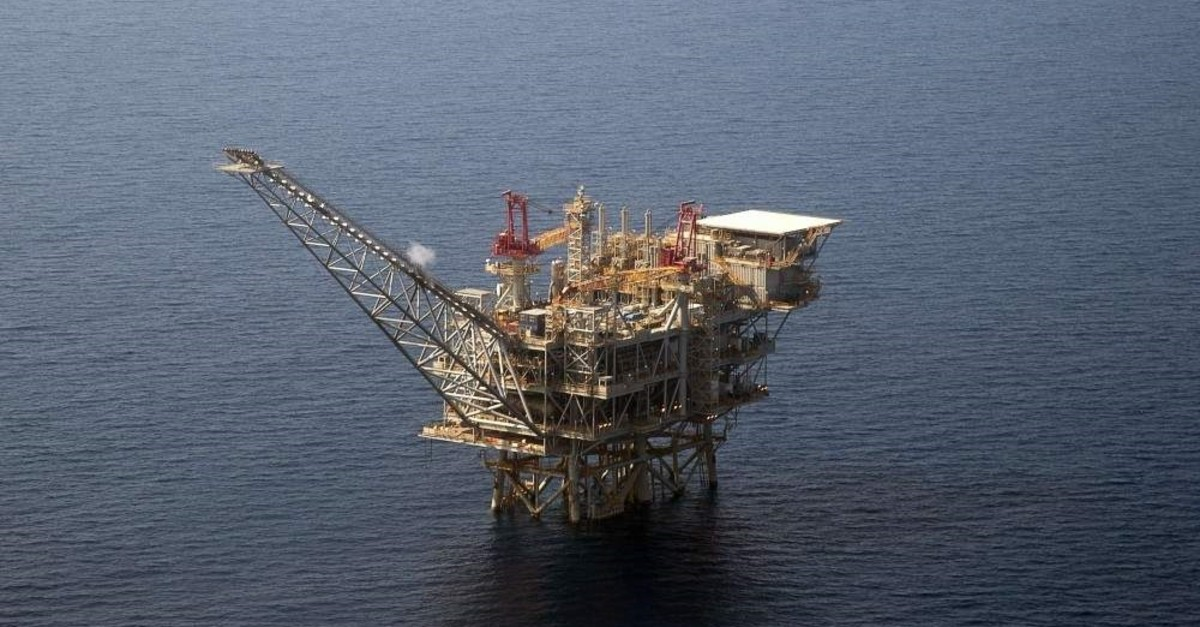 An aerial view of the Tamar gas-drill platform in the Mediterranean Sea off the coast of Israel. (AFP Photo)