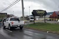Ein Unbekannter hat in einem Club in Cincinnati im US-Staat Ohio das Feuer eröffnet und mindestens einen Menschen getötet.  14 weitere seien teils lebensgefährlich verletzt worden, teilte die...